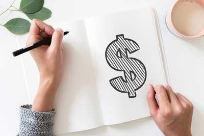 Notizbuch mit Dollarzeichen